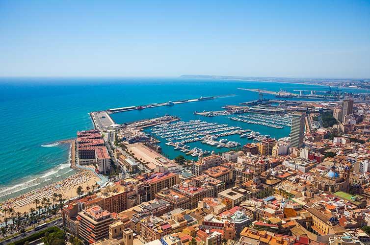 En qué sitios buscar bienes raíces en España